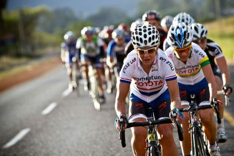 Die Burger Cycle Tour: Sharon Laws and Ashleigh Moolman-Pasio.