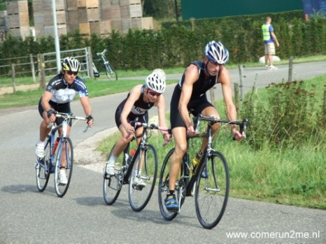 2012: I try duathlon and, although it ends with a concussion, I perform well.