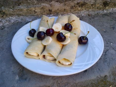 Delicious morning baking experiment: High protein crepes!